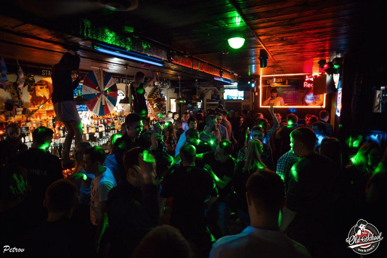 Ночной клуб old school москва эротические шоу выступления