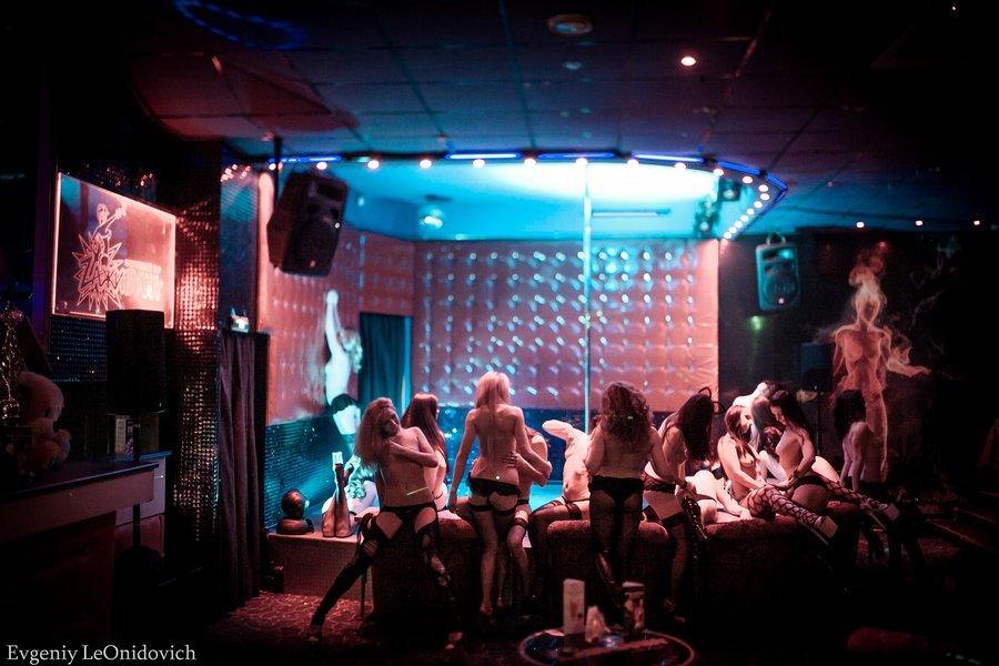 Чебоксары клуб керосинка ночной работает или клуб гвардеец москва