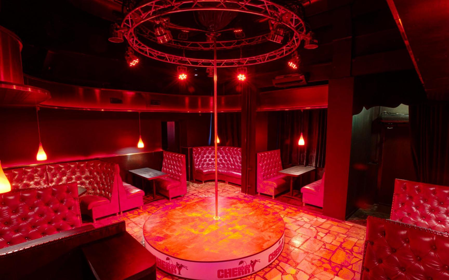 Мужской клуб черри ночные клубы спб только для девушек